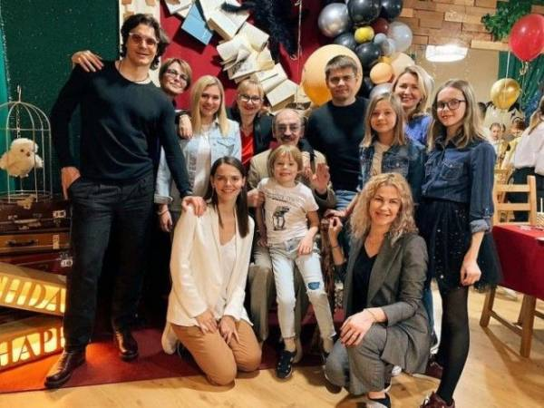 Знакомьтесь, 20-летняя внучка Боярского — новая звезда Instagram Интересное