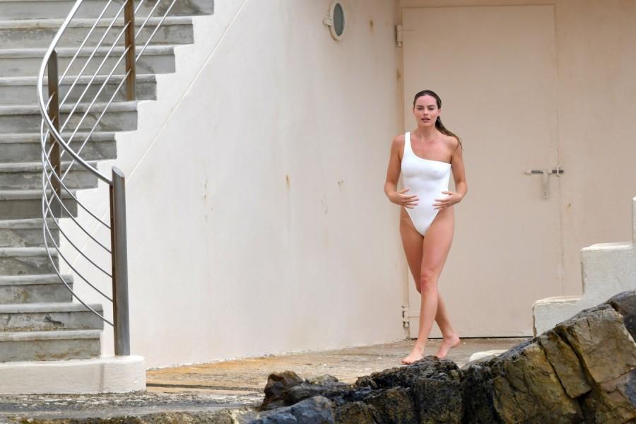 Марго Робби на отдыхе margot robbie,пляж/бикини