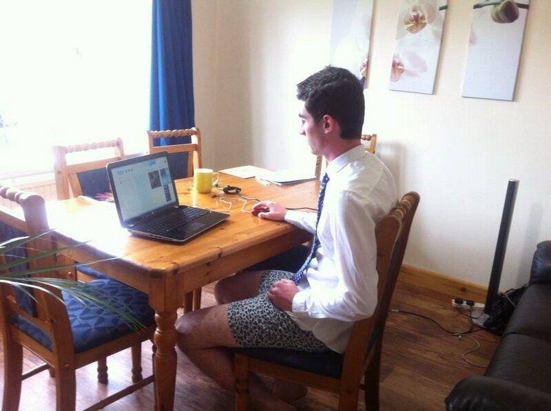 Как на самом деле выглядит собеседование по скайпу: обратная сторона   Интересное