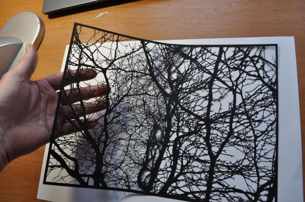 Дедушка из Пскова делает невероятные картины из бумаги Искусство