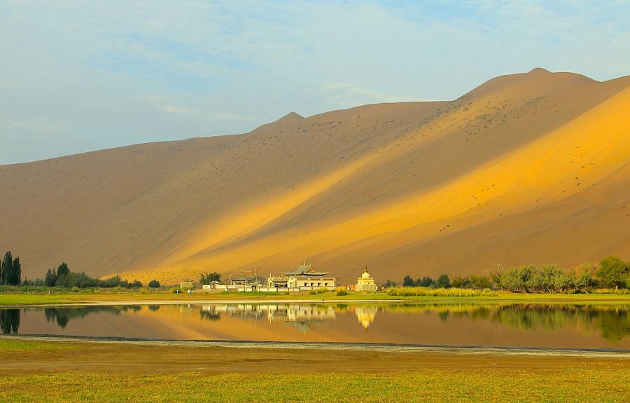 25 фотографий крупнейших песчаных дюн на Земле
