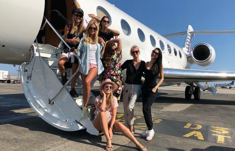 Стюардесса частного самолёта рассказала, сколько всего натерпелась за годы работы авиатур,мир,поездка