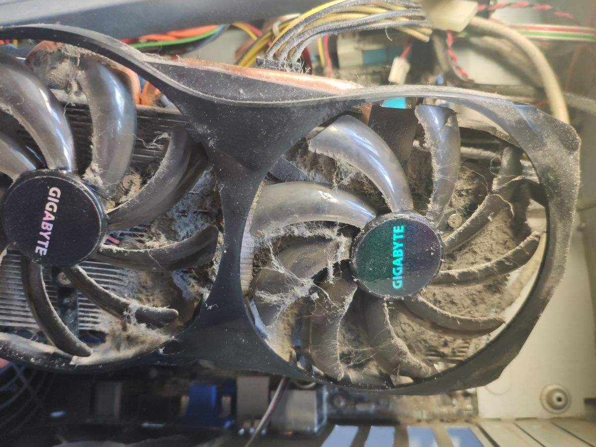 Как почистить компьютер от пыли, и как часто это нужно делать? компьютеры,кулер,пк,пыль,советы,чистка